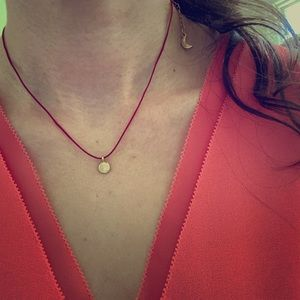 Pink thread gold pendant necklace